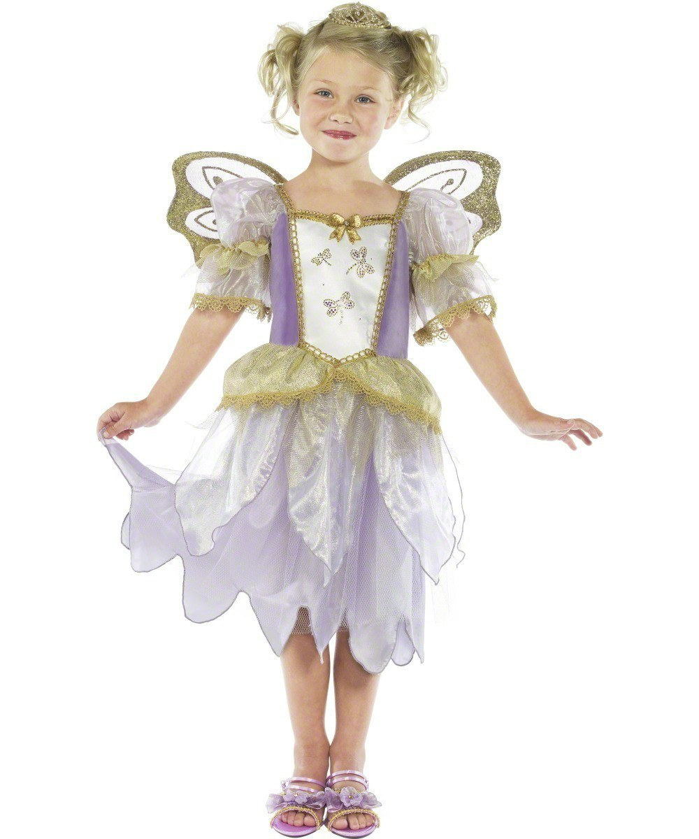 A DIY princess dress is the cutest and most classic girl's costume for every Halloween. Plus, you can match her in your own DIY princess costume! Mirror mirror on the wall, these are the best princess costumes of them all!