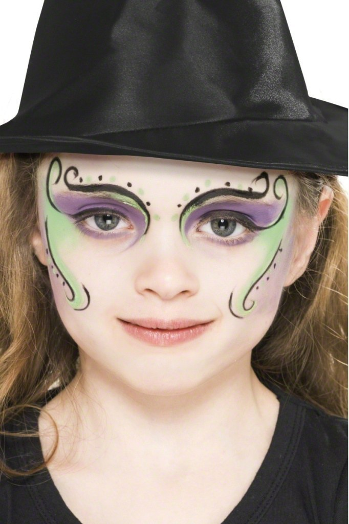 Face Painting Witch Child
