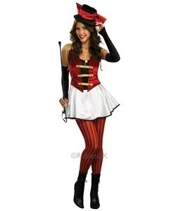 circus ringmistress
